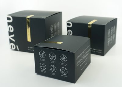 Gold foil detail printed by Pinc on packaging boxes for Nevé Candles